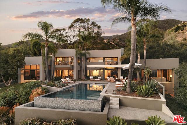 Single Family Home for Sale at 926 Buena Vista Drive Santa Barbara, California 93108 United States