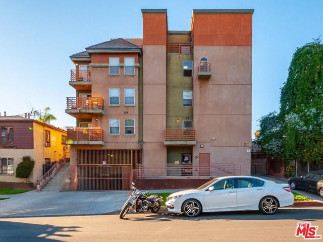 321 S Occidental Boulevard, Los Angeles CA: http://media.crmls.org/mediaz/34FC95E6-465D-4861-8F74-2E45D7FF3DB3.jpg