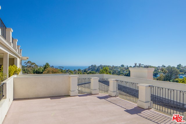 860 Haverford Ave 203, Pacific Palisades, CA 90272 photo 34