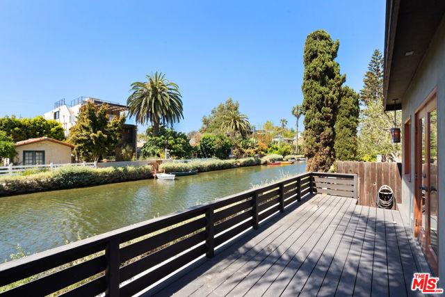 434 Howland Canal, Venice, CA 90291 photo 10