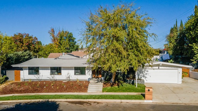 Photo of 23717 Carard Street, Woodland Hills, CA 91367