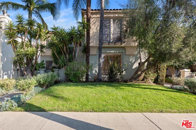 1020 S ALFRED Street, Los Angeles CA: http://media.crmls.org/mediaz/35CCB2BD-96FC-409E-B3B7-9A5C2BF52B79.jpg