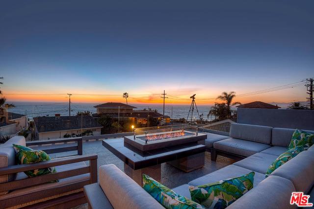 7008 Rindge Playa del Rey CA 90293