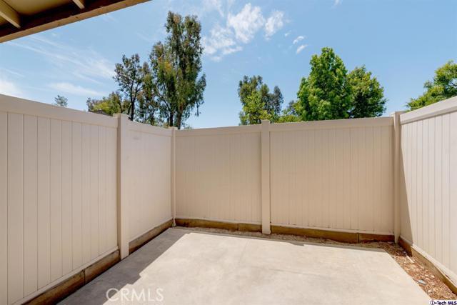 28801 Conejo View Drive, Agoura Hills CA: http://media.crmls.org/mediaz/363A497E-AAE6-4656-A6FF-6C145214D580.jpg