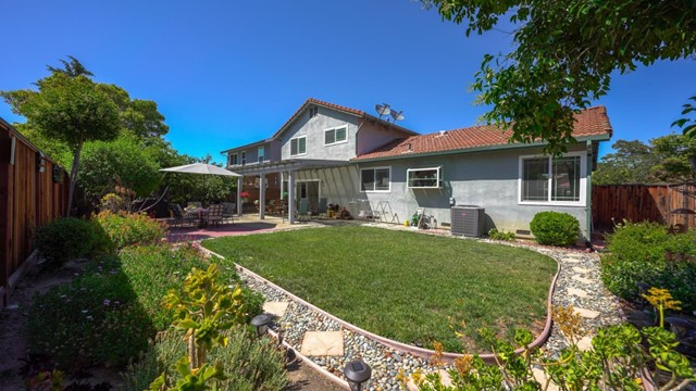 4974 Zeppelin Court, San Jose CA: http://media.crmls.org/mediaz/36AE9A97-34FF-4CA1-A78E-E99D2F2B546B.jpg