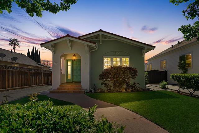 479 8th Street, San Jose CA: http://media.crmls.org/mediaz/36DB5C6A-584F-4919-B487-1DEA16FEABB3.jpg