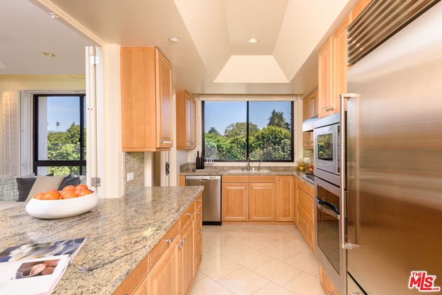 701 Ocean Ave PHG, Santa Monica, CA 90402 photo 6