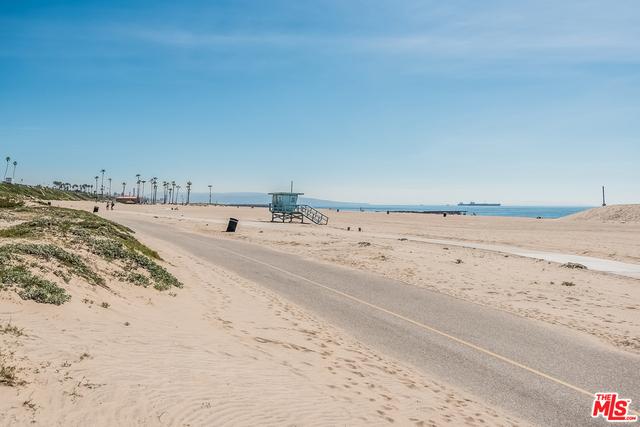 Condominium for Sale at 7301 Vista Del Mar Playa Del Rey, California 90293 United States