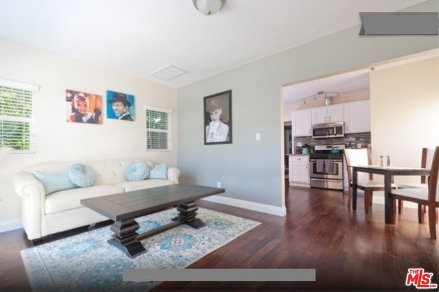 Condominium for Rent at 1428 19th Street Santa Monica, California 90404 United States