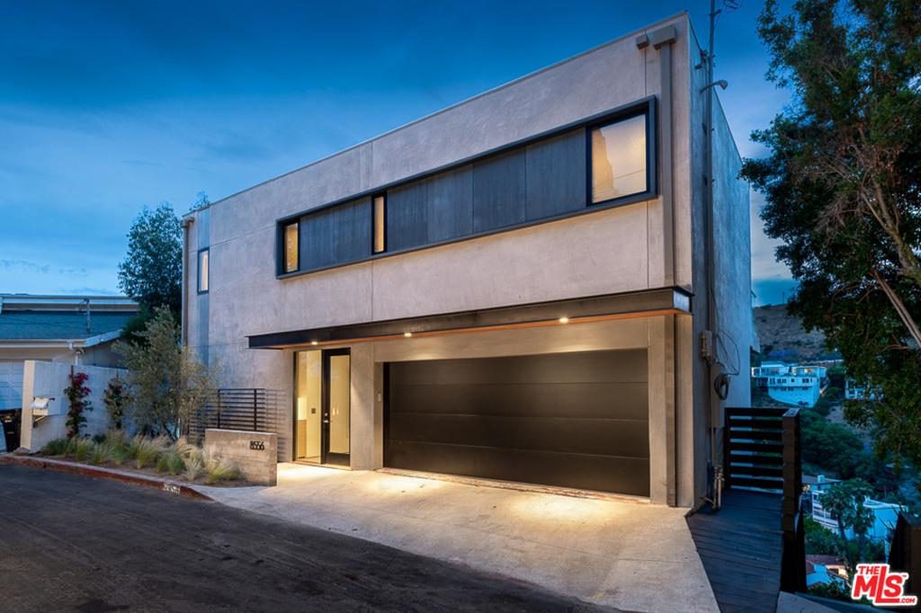 8556 FRANKLIN Avenue #  Los Angeles CA 90069