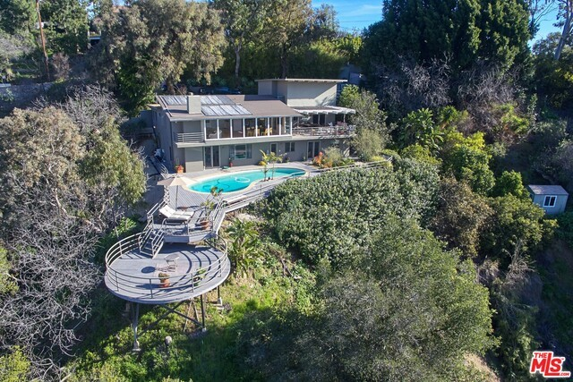 2870 BENEDICT CANYON Drive  Beverly Hills CA 90210