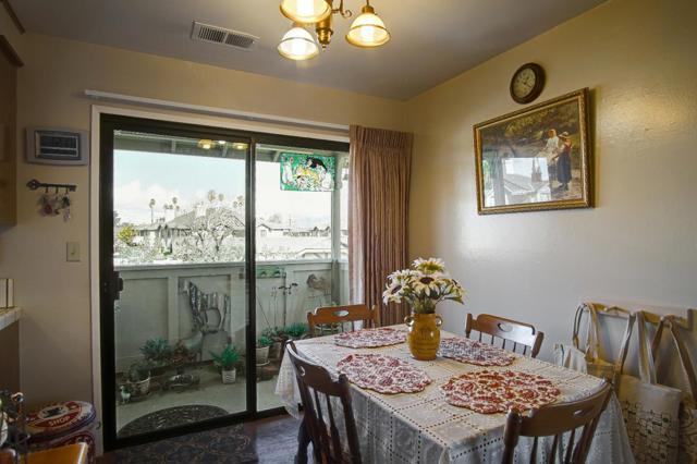 1063 Riker Street, Salinas CA: http://media.crmls.org/mediaz/3811176C-1877-4E36-81E0-11561DA51628.jpg