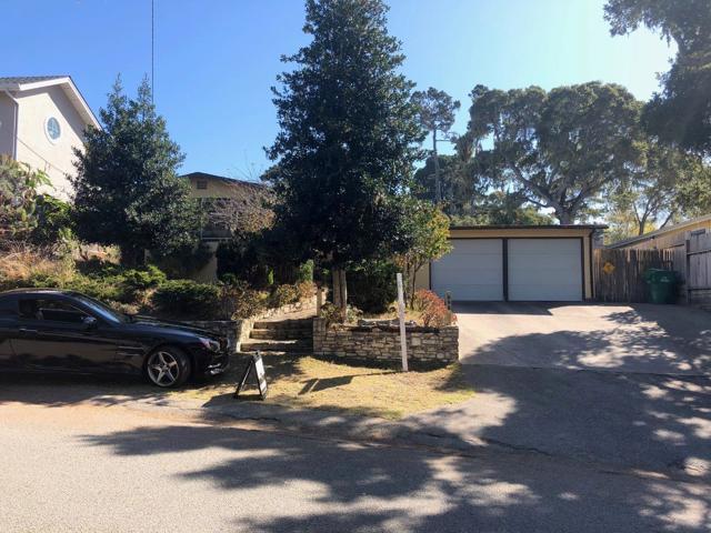 955 Walnut Street, Pacific Grove CA: http://media.crmls.org/mediaz/385A00B9-207F-4CC3-9E98-9C453A839843.jpg