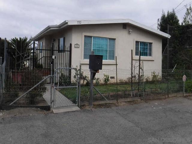 732 W 5th Avenue, Escondido CA: http://media.crmls.org/mediaz/386BBA3C-36BF-4A92-BD9A-1197D2CCE86C.jpg