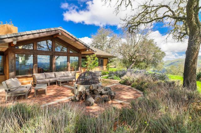 500 El Caminito Road, Carmel Valley CA: http://media.crmls.org/mediaz/38CAC527-2146-4283-AFCB-5B5A53D1AAB6.jpg