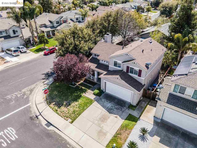 1804 Shadowcliff Way, Brentwood CA: http://media.crmls.org/mediaz/38E07A50-F12E-474E-934F-46EC4B2A5658.jpg