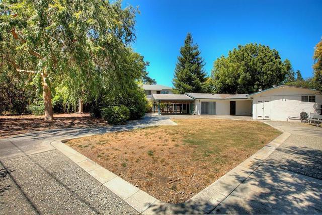 536 Hawthorn Avenue, Sunnyvale CA: http://media.crmls.org/mediaz/390DC0C1-99BE-4C16-956F-E511676BAD01.jpg