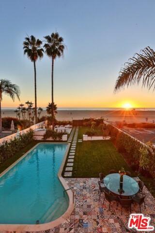 Single Family Home for Rent at 1020 Palisades Beach Road Santa Monica, California 90403 United States