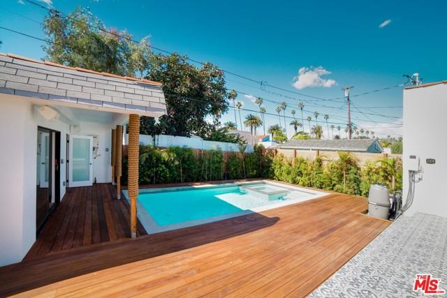 地址: 217 STANLEY Drive, Beverly Hills, CA 90211