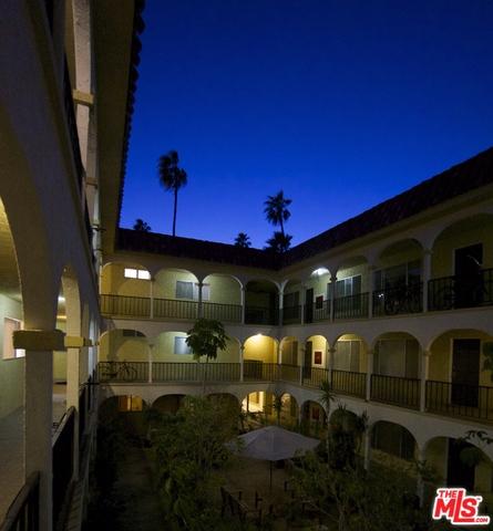 1033 6TH Street Unit 302 Santa Monica, CA 90403 - MLS #: 16116138
