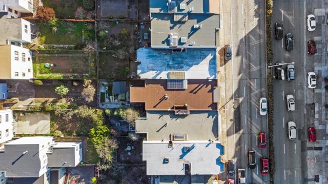 1430 19th Avenue, San Francisco CA: http://media.crmls.org/mediaz/39D19EC6-B5C4-4E6C-A509-5E2CC451AF36.jpg