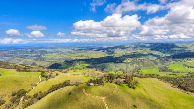 500 El Caminito Road, Carmel Valley CA: http://media.crmls.org/mediaz/3A3D1907-8919-4948-8AB7-47814E2F2E67.jpg