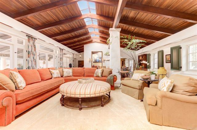 17538 El Vuelo, Rancho Santa Fe CA: http://media.crmls.org/mediaz/3A7E186D-0AA6-49DD-8D0B-963D946BF6F5.jpg