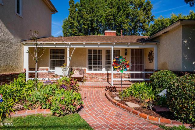 5001 Strohm Avenue, North Hollywood CA: http://media.crmls.org/mediaz/3AADD9AB-2F80-4945-A7EB-CC6BBA228712.jpg