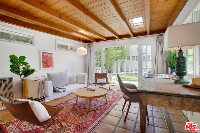 343 Sycamore Rd, Santa Monica, CA 90402 photo 35