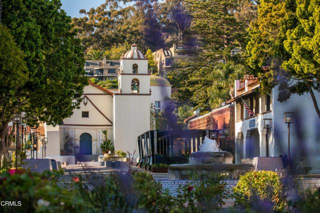 484 Rancho Drive, Ventura CA: http://media.crmls.org/mediaz/3B45C1FA-3815-49CB-B176-C385C9A5B416.jpg