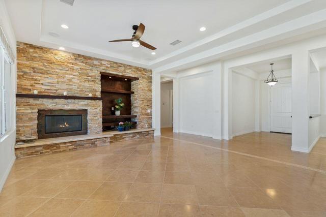 120 Brenna Lane, Palm Desert CA: http://media.crmls.org/mediaz/3CC9E7DA-976E-44C0-9715-7EFA3846727F.jpg