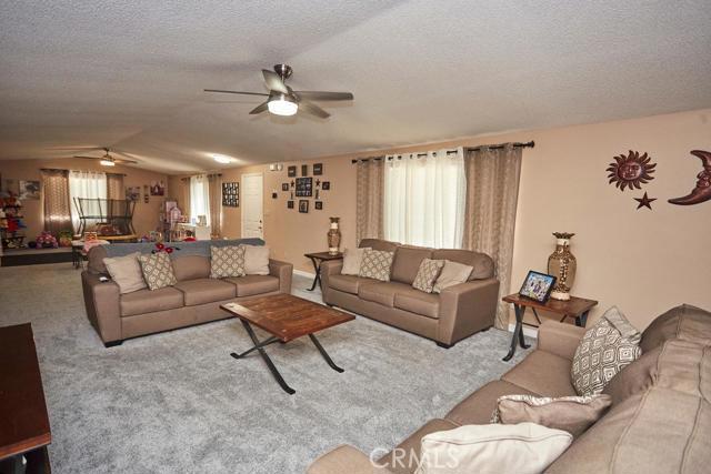 9875 Sunny Vista Road Phelan CA 92371