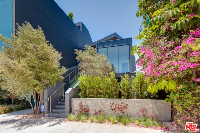 209 Hollister Ave, Santa Monica, CA 90405