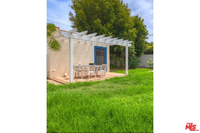 241 Ruth Ave, Venice, CA 90291 photo 22