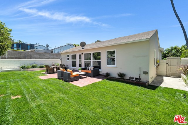 13107 Rose Ave, Los Angeles, CA 90066 photo 27
