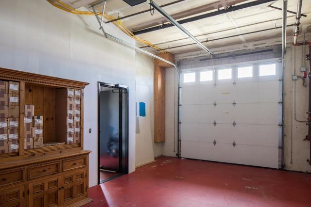 370 Shasta Street, Sand City CA: http://media.crmls.org/mediaz/3E4E99A8-721F-4353-8016-EDC6A637B068.jpg