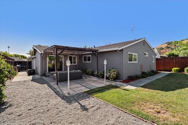 6239 Hokett Way, San Jose CA: http://media.crmls.org/mediaz/3E8DA37E-3F73-4CFF-9D23-5E07C82B8814.jpg