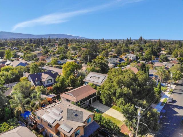 15631 Loma Vista Avenue, Los Gatos CA: http://media.crmls.org/mediaz/3ED9A4C7-AD4E-43F4-9268-9E9B1C4CAE27.jpg