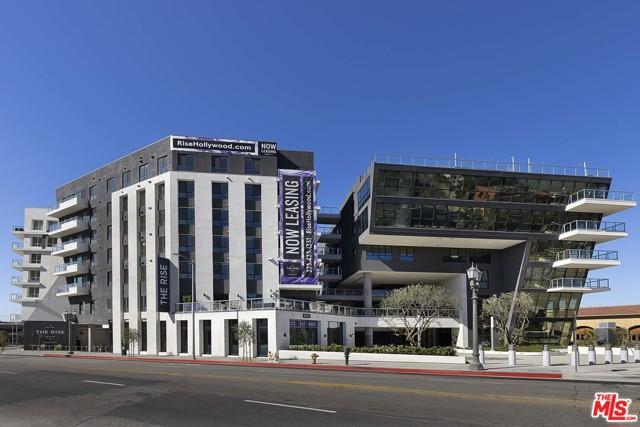 1331 N Cahuenga Boulevard, Los Angeles CA: http://media.crmls.org/mediaz/3EDAD78A-95AB-4D47-ADA0-7FD6288EF14C.jpg