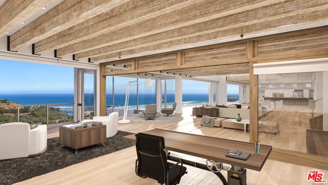 Additional photo for property listing at 23800 Malibu Crest Drive  Malibu, California 90265 United States