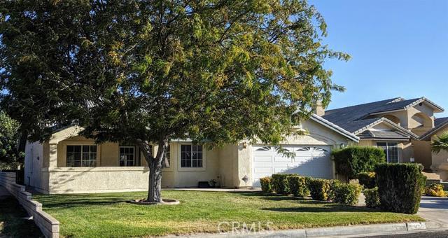 27455 Cloverleaf Drive Helendale CA 92342