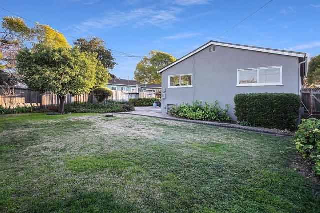 2373 Augusta Place, Santa Clara CA: http://media.crmls.org/mediaz/3F284180-97D9-437F-A4B4-B9AA58515B1B.jpg