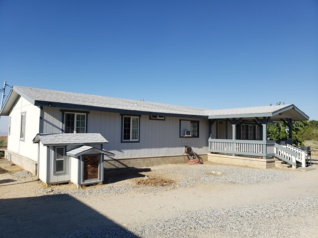 10520 Wintergreen Rd  Pinon Hills CA 92372