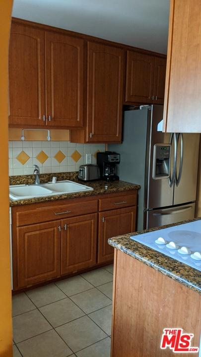5674 WINDSOR Way, Culver City CA: http://media.crmls.org/mediaz/40486D99-FF0E-444F-BACF-AFD05CEDCC7D.jpg