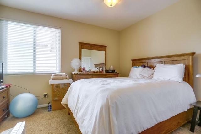 1415 Buena Vista Way, Carlsbad CA: http://media.crmls.org/mediaz/40582505-A2C2-45AC-951E-5092F91373C6.jpg