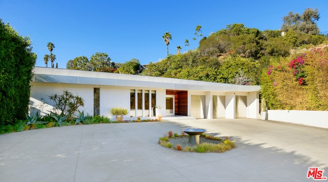1083 N HILLCREST Road, Beverly Hills CA 90210