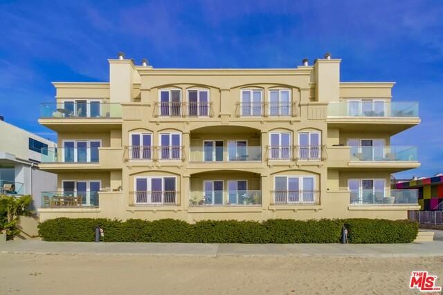 Condominium for Rent at 6309 Ocean Front Walk W Playa Del Rey, California 90293 United States