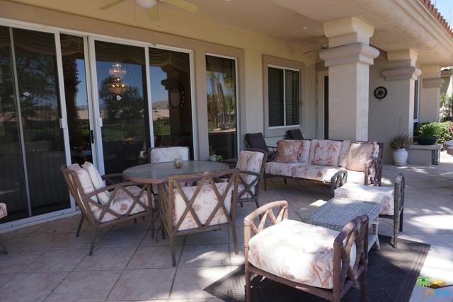 37682 Mojave Sage Street, Palm Desert CA: http://media.crmls.org/mediaz/41375DA4-FCA0-4545-9FFB-90CD7D5C470B.jpg
