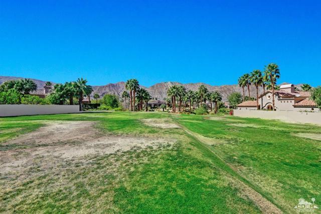 52940 Latrobe Lane, La Quinta CA: http://media.crmls.org/mediaz/41EAD5FD-3A05-4176-AAF0-BA08F7B05CB0.jpg