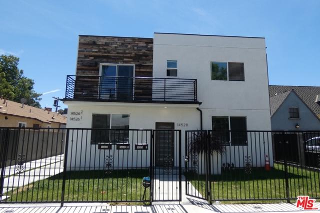 Photo of 14528 KILLION Street, Sherman Oaks, CA 91411